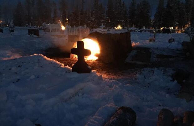 La Loche cemetery 2