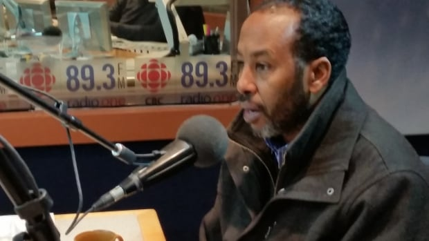 Abdikeir Ahmed, the co-ordinator at Immigration Partnership Winnipeg, speaks on Information Radio about a meeting of immigrants and indigenous people.