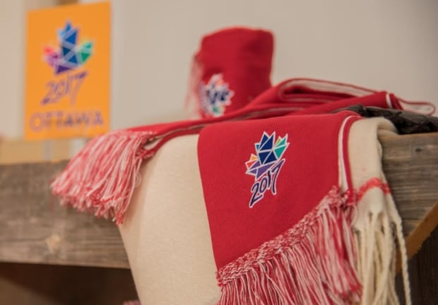 Ottawa 2017 Roots scarves