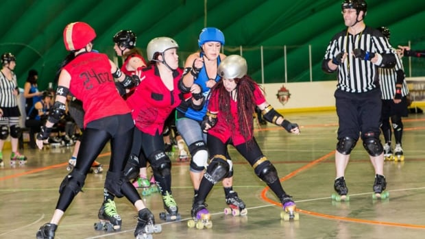 Look like something you'd like to try? You're in luck! The E-Ville Roller Derby has expanded its Fresh Meat training program.