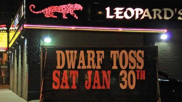 A dwarf-tossing event will go ahead at a Windsor, Ont., strip club despite protest.