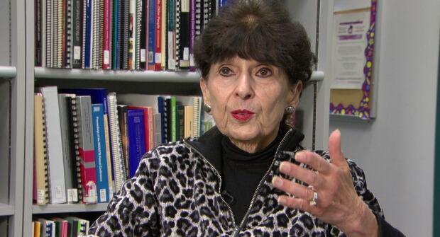 Gloria Gutman