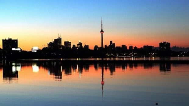 A mix of sun and clouds are in the forecast for your Friday with a high of 5 C.