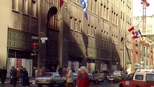 Simpson's was a fixture of downtown Montreal and its closure in 1989 was a sad day for many customers and employees.
