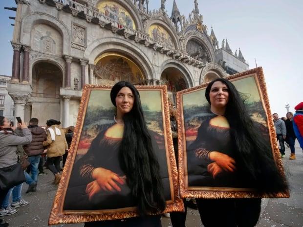 Italy Venice Carnival 2016 masquerade Mona Lisa