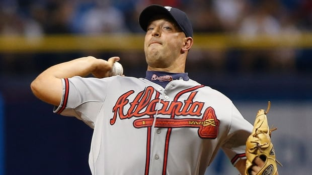 Former Braves relief pitcher David Aardsma has signed a minor league contract with the Blue Jays with an invitation to spring training. The well-travelled 34-year-old was 1-1 with a 4.70 ERA in 33 relief appearances for Atlanta last season. In nine major league seasons, Aardsma has also pitched for San Francisco, Chicago Cubs, Chicago White Sox, Boston, Seattle, New York Yankees and New York Mets.
