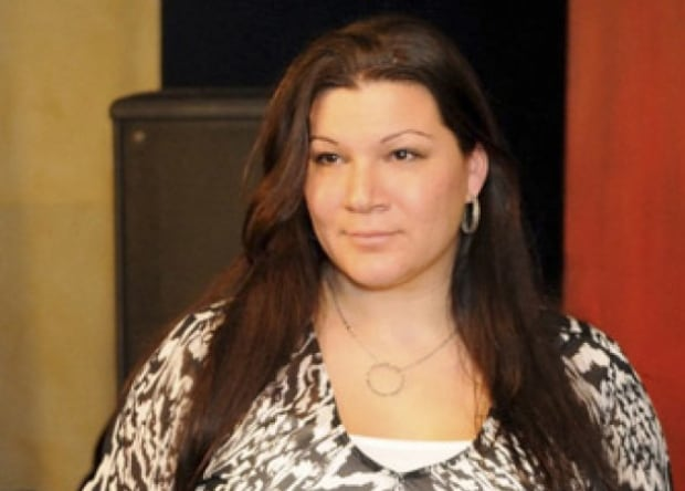 Gina Csanyi-Robah