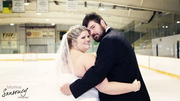Brittany and Wade Peterson might be the ultimate hockey fans. The newlyweds held their wedding on ice with their marriage commissioner wearing a referee jersey.