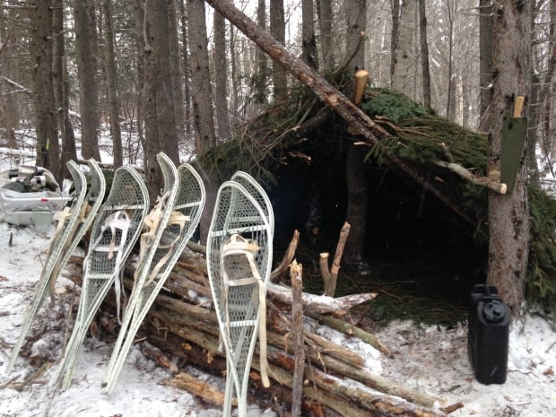 Improvised shelters - soldier winter training P.E.I.