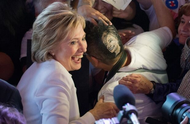US-Presidential ELECTION Hillary CLINTON head shave Oct 2015