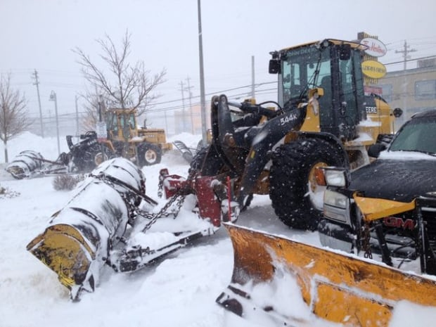 Snowplows in Cape Breton Feb 9, 2016