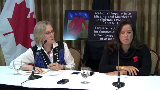 Indigenous Affairs Minister Carolyn Bennett (Left) and Justice Minister Jody Wilson-Raybould (right) listened to families of missing and murdered indigenous women and girls in Saskatoon, Sask.
