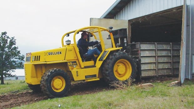 Sellick Equipment manufactures heavy forklifts.