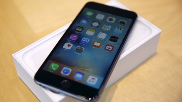 Users who ran into Error 53 by going to a third-party repair shop will now be able to restore their iPhones or iPads after Apple issues a fix.