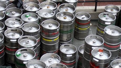 Taps and apps: Victoria company develops app to help craft brewers