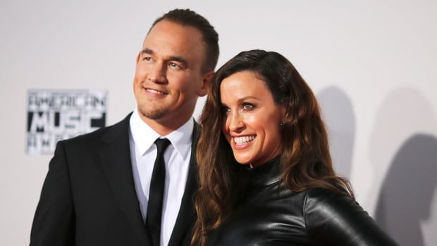 Mario Treadway and singer Alanis Morrissette, seen here in November 2015, have announced they are expecting a second child.