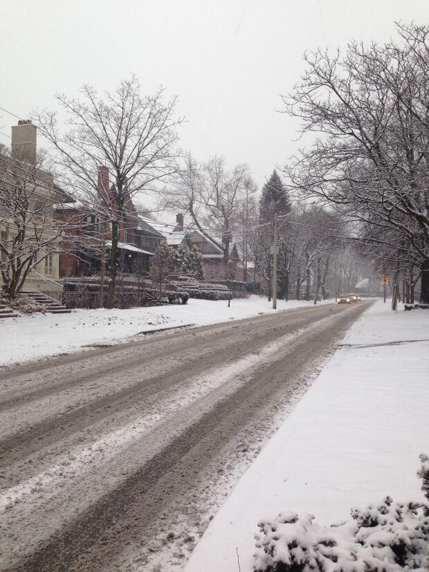 Snow Crescent Road