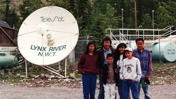 N.W.T. actress Melaw Nakehk'o shared this photo of her whole family visiting the set of North of 60. A petition to bring the show back to the airwaves has struck a nerve in the North.