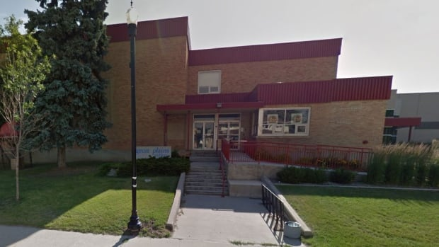Great Plains College has a campus in Swift Current and a number of other Saskatchewan communities.