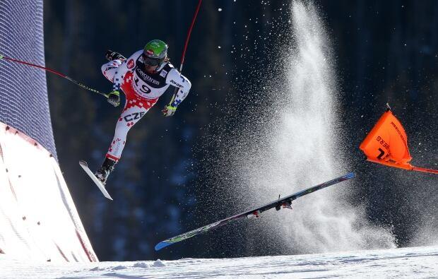 World Press Photo 2016 ski crash by Christian Walgram