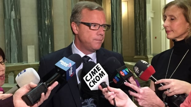 Saskatchewan Premier Brad Wall said he wants to see an economic impact analysis done on any nation-wide measures relating to carbon levies.
