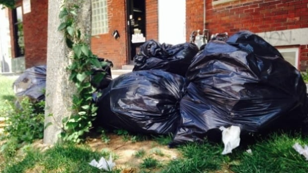 CUPE 82 has submitted a bid for the City of Windsor garbage collection contract.