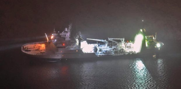 Damaged F/V Saputi in Nuuk