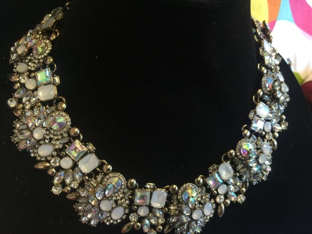 Regal vintage-inspired choker necklace by Madison & Mullholand Regal choker neckla