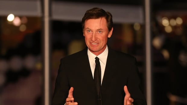 Hockey legend Wayne Gretzky believes that Canada's young stars should fight for the chance to represent their country at the World Cup of Hockey in the fall.