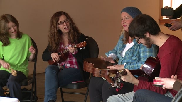 Around a dozen people joined a last-minute jam session Sunday to record an album for the RPM Challenge.