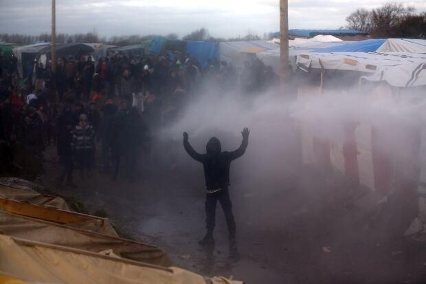 Calais Jungle refugee camp removed Feb 29 2016 89525224 activists sprayed