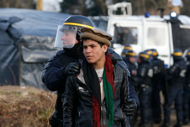 Calais Jungle refugee camp cleared Feb 29 2016 arrests