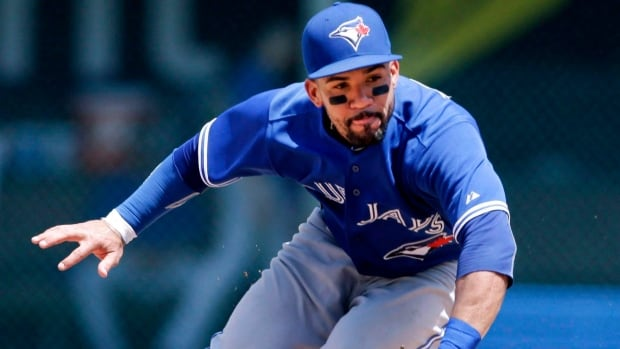 Blue Jays second baseman Devon Travis went 3-for-4 with Triple-A Buffalo Thursday as he continues his rehab from shoulder surgery.