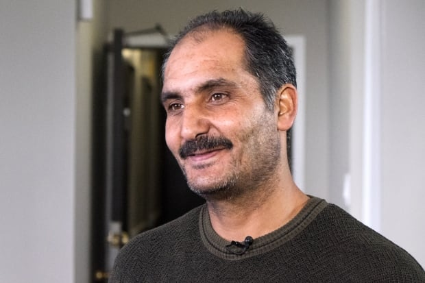 syria refugee father mosbah matar