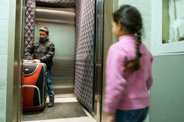 syria refugees jehad and hala