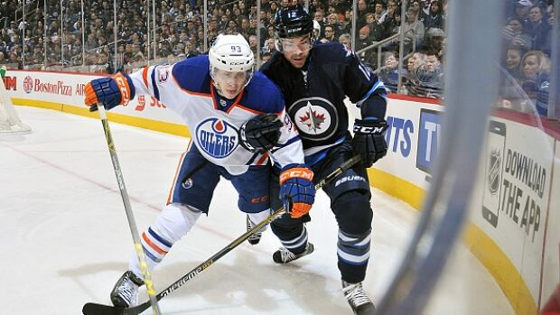Reports claim that the Winnipeg Jets will be the next NHL team to host a Heritage Classic match. An announcement is set for Sunday.