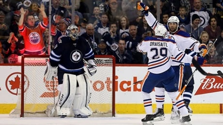 oilers-jets-030616-620