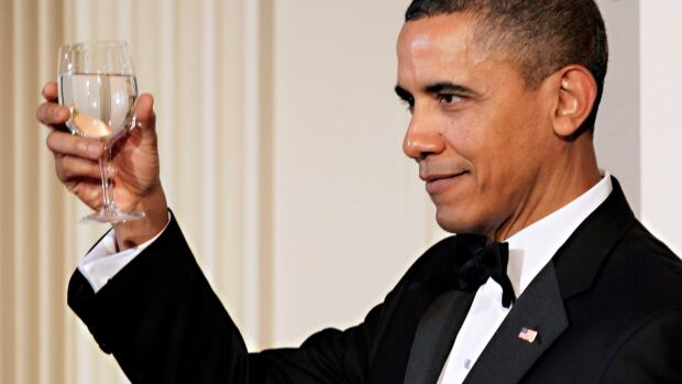 President Barack Obama offers a toast at a state dinner for China's president in 2011. On Thursday, he will toast and host Prime Minister Justin Trudeau at the White House.