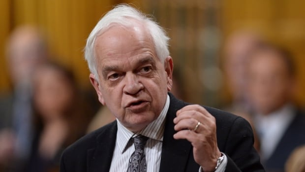 Immigration Minister John McCallum says the private sector has an important role to play in welcoming Syrian refugees.
