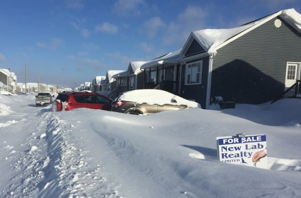 for sale signs in labrador city and wabush