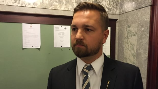 Wildrose Finance critic Derek Fildebrandt says Kevin Davediuk was still listed as a negotiator on the AUPE web site Wednesday morning.