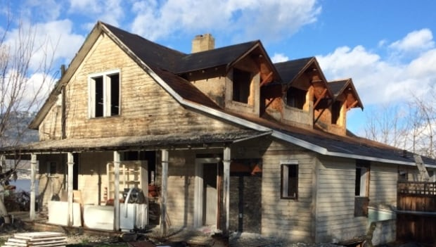 Haynes house being demolished