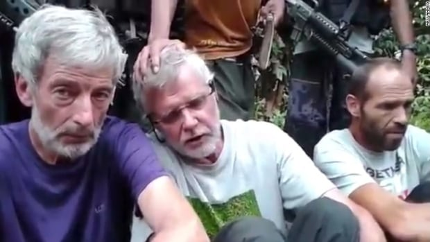 Norwegian, Indonesian hostages handed over to Philippine govt envoy