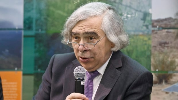 U.S. Secretary of Energy Ernest Moniz says the Liberal government has moved quickly to take action on climate change.