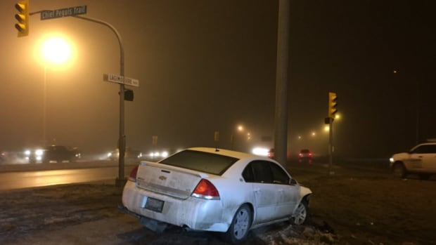 A crash at the corner of Lagimodiere Boulevard and Chief Peguis Trail knocked traffic lights out Monday morning.