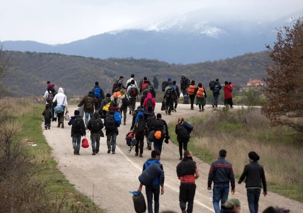 Idomeni refugees leave camp March 14 2016