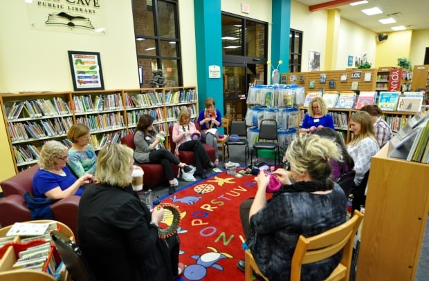 Group of knitters in the Bee Cave library