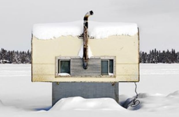 Saskatchewan Ice huts
