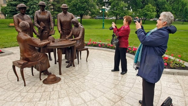 Nellie McClung statue unveiled at the Manitoba Legislature in Winnipeg