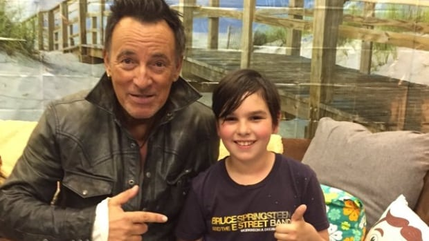 Xabi Glovsky, a nine-year-old rock fan who stayed up late for a Bruce Springsteen concert with his dad last week, had a note for his teacher when he was late for class the next day — and it was signed by The Boss himself.